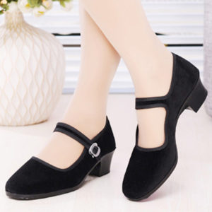 Plain Chunky Mid Heeled Velvet Round Toe Casual Pumps