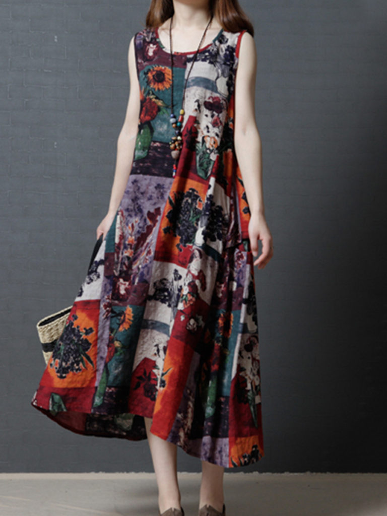 Round Neck Patch Pocket Print Maxi Dress