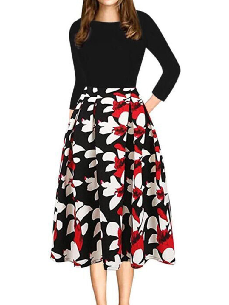 Round Neck Patch Pocket Floral Printed Skater Dress