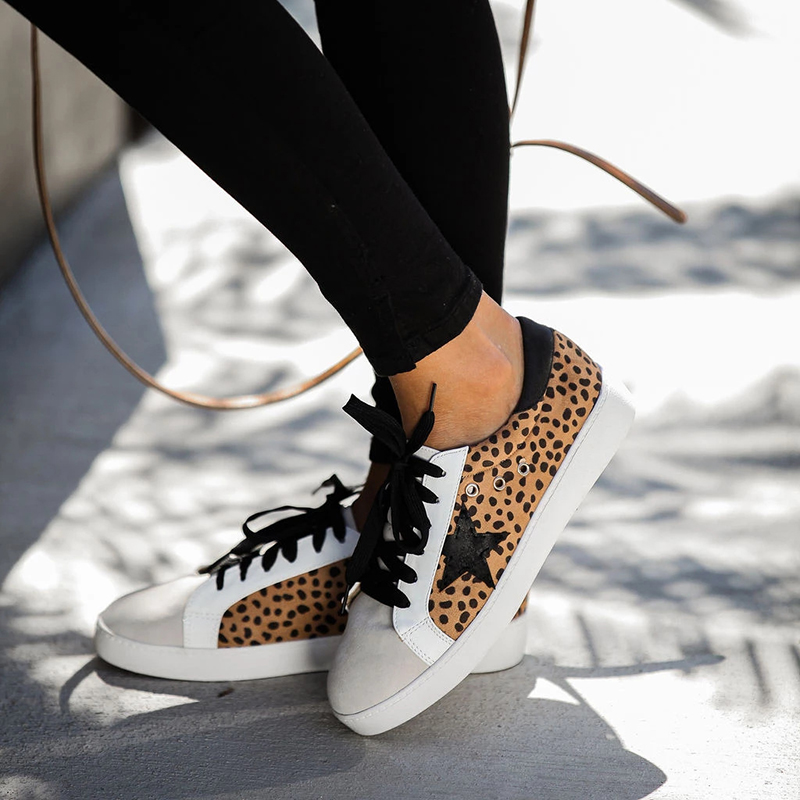 Casual Flat Women Leopard Star Lace-up Sneakers