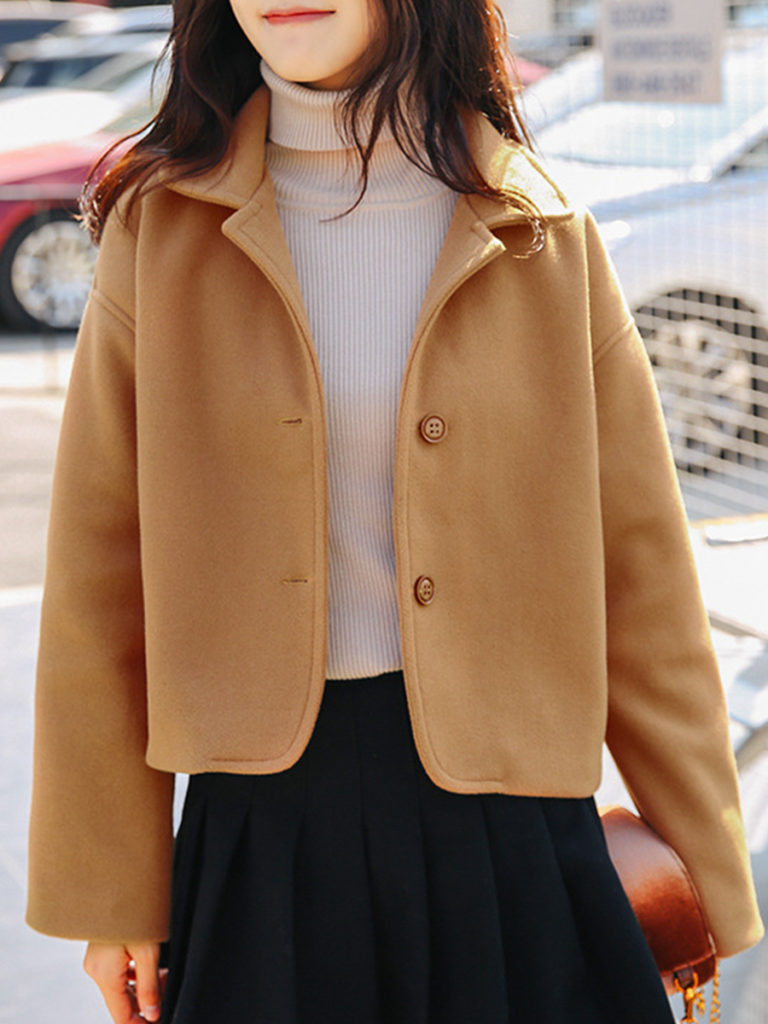 Loose cropped coat