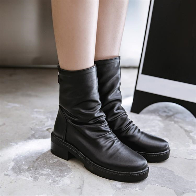 Women's Fashion Flat Back Zip Booties