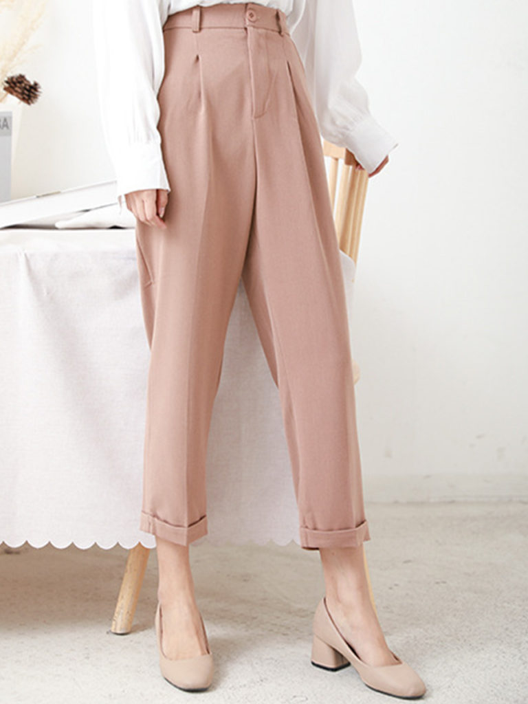 Fashionable high-waisted trousers