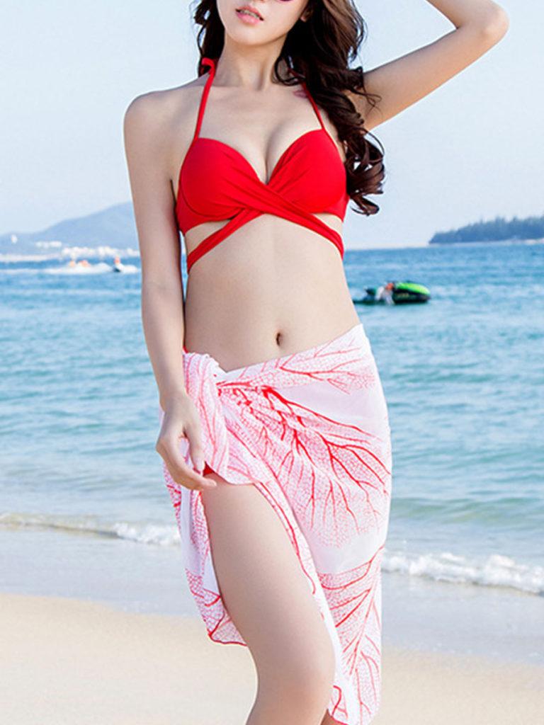 Split bikini suit