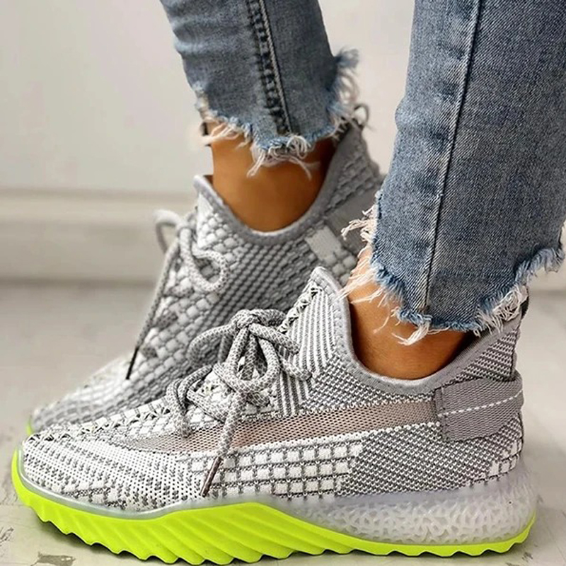 Women's flying woven mesh sneakers
