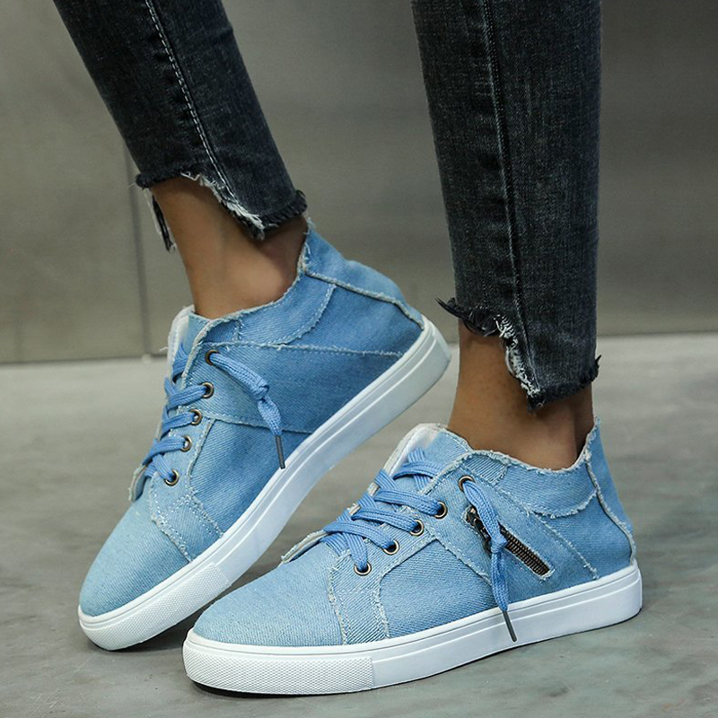 Women's low-top lace-up casual shoes
