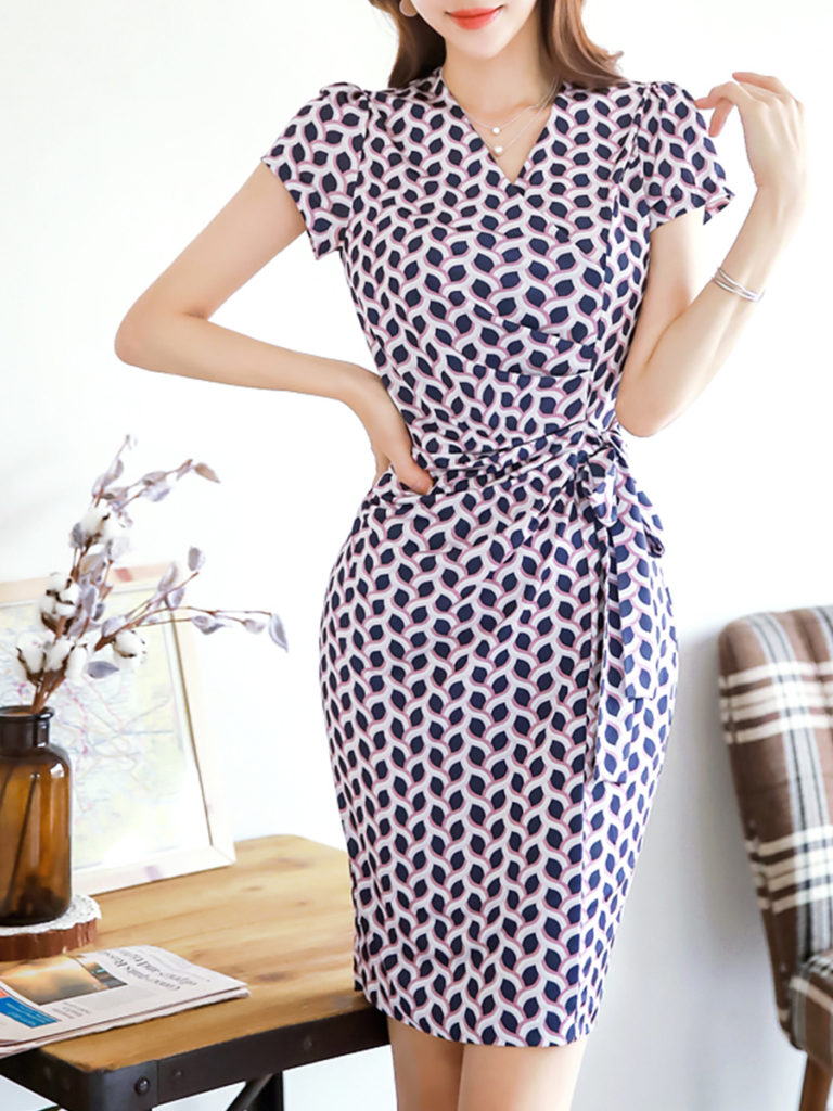 Retro Print Short Sleeve Wrap Bodycon Dress