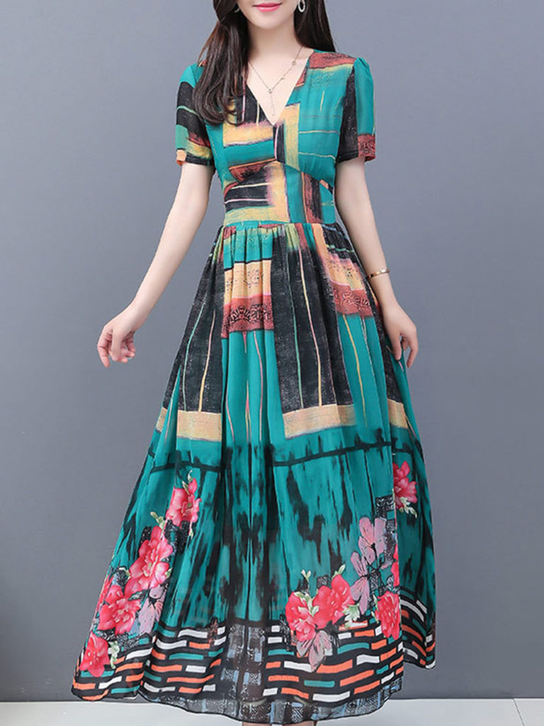 Printed Chiffon Voluminous Bohemian V-neck Maxi Dress